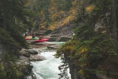 Kayakers-Putting-In-Maligne-Creek
